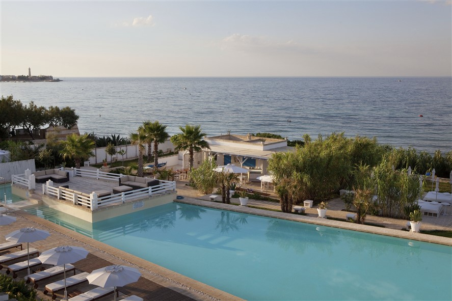 canne bianche boutique hotel apulia italy adriatic sea easyweek. Black Bedroom Furniture Sets. Home Design Ideas